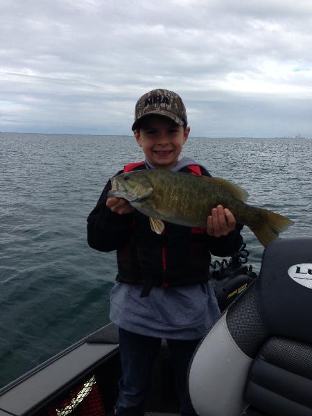 Photos lake erie buffalo ny fishing charters for Ny fishing charters